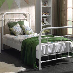Set Mobila dormitor din lemn de pin si MDF cu pat metalic, pentru copii 3 piese New York Alb, 200 x 90 cm