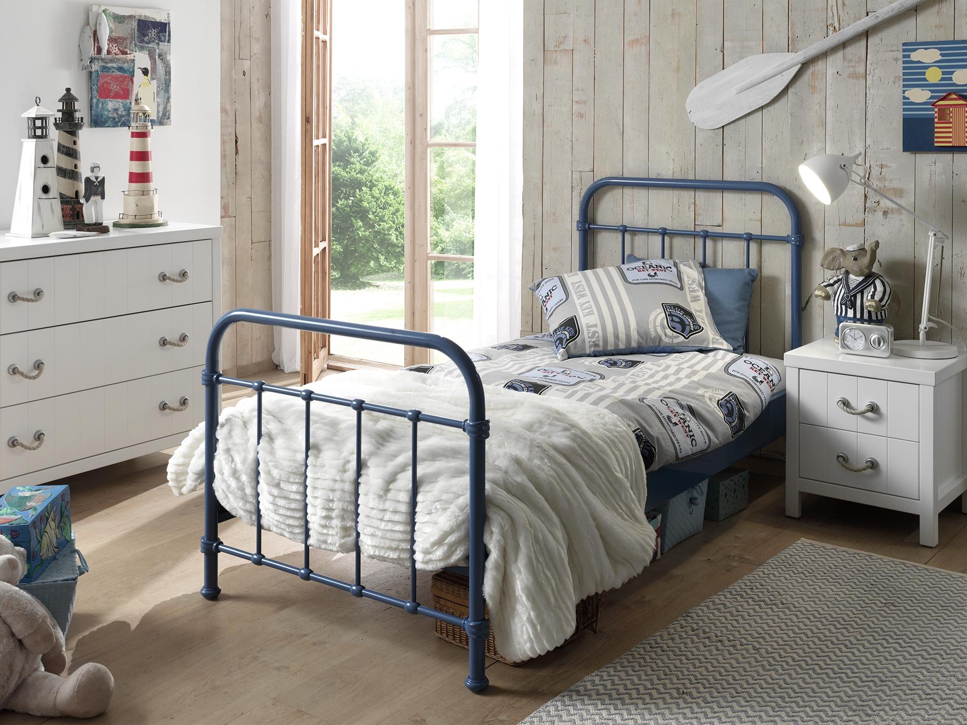 Set Mobila dormitor din lemn de pin si MDF cu pat metalic, pentru copii 3 piese New York Albastru / Alb, 200 x 90 cm
