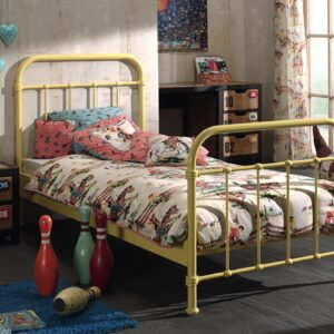 Set Mobila dormitor din lemn de pin si MDF cu pat metalic, pentru copii 3 piese New York Galben / Natural, 200 x 90 cm