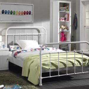 Set Mobila dormitor din lemn de pin si MDF cu pat metalic, pentru tineret 3 piese New York Alb, 200 x 120 cm